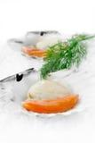 Kamm-Muscheln auf Eis Stockbilder