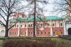 Kammare av Eudoxia Lopukhina i den Novodevichy kloster moscow Royaltyfri Bild