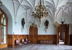 Kammare i trevlig gotisk slott i Europa arkivfoto