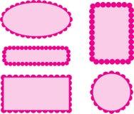 Kammusslakanten inramar rosa färger Arkivbild