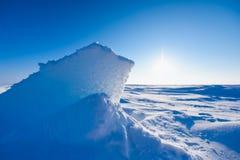 Kamp Barneo bij de van de de sneeuw duidelijke sneeuw van de het noordenpool van het de kubuspatroon de sneeuwvlokkenlijnen Stock Foto
