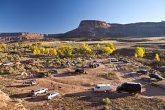 Kamp dichtbij Nationaal Park Canyonlands. Stock Foto