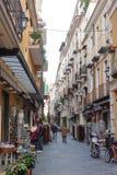 KAMPANIEN, ITALIEN - 19. JANUAR 2010: typische Straße in Sorrent lizenzfreie stockfotos