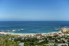 Kampenbaai, de Atlantische Oceaan, Kaapstad Stock Afbeeldingen