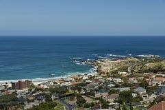 Kampenbaai, de Atlantische Oceaan, Kaapstad Royalty-vrije Stock Afbeeldingen