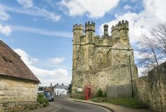 Kampf Abbey Gatehouse, Sussex, Großbritannien Lizenzfreie Stockfotos
