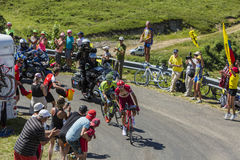 Kampf in Jura Mountains - Tour de France 2016 Lizenzfreie Stockfotografie