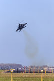 Kampfflugzeug, das weg aking ist Stockbilder