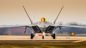 Kampfflugzeug F22 Stockfotografie