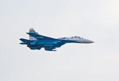 Kampfflugzeug Su-27 von Russkie Vityazi Team Lizenzfreie Stockfotografie