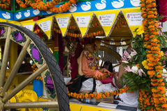 Kampfwagen mit Bild von Srila Prabhupada im 37. jährlichen Festival der Kampfwagen Lizenzfreies Stockfoto