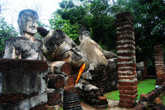 Kamphaeng Phet Aranyik Dziejowy Parkowy teren, Buddha Thailand Obraz Royalty Free