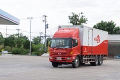 Kamphaeng Phet, o 26 de agosto de 2017: Parque do ônibus da empresa da CASA DA QUINTA Imagem de Stock