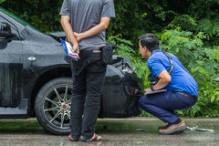KAMPHAENG PHET, THAILAND - 17. JULI: Ein nicht identifiziertes Leute chec Stockfotografie