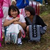 KAMPHAENGPHET, THAÏLANDE - 8 janvier 2014 toute l'ethnie en Thaïlande très pauvre mais a la belle culture, le ` s de ces enfants photographie stock