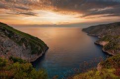Kampi stället för den mest härliga solnedgången i den Zakynthos ön Solnedgång för sommartid i Zante arkivfoton