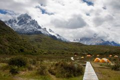 Kampieren in Torres Del Paine Stockbild