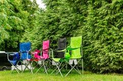 kampierende Stühle Stockfotografie