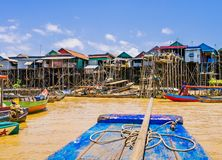 Kampong Phluk som svävar byn arkivfoton