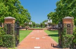 Kampus bramy uniwersytet Alabama fotografia royalty free
