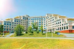 Kampus na wyspie, Rosyjski Daleki Wschód Federacyjny uniwersytet, obrazy royalty free