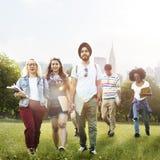 Kamratskap Team Concept för mångfaldtonåringvänner Royaltyfri Foto