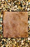 kamyczek grungy płyty kamień otoczony Obrazy Royalty Free