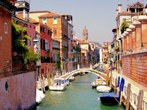 Kanäle von Venedig lizenzfreies stockbild
