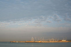 Kan Pastilla-jachthaven bij dageraad Stock Foto