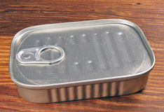 kan sardinen Arkivfoto