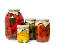 kan sund hem-lagad mat mat för ecoen för riktig näring, stängt med Kraft papper och bundet med rad som isoleras på vit bakgrund, arkivfoton