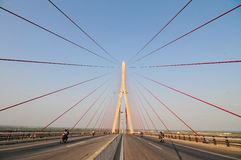 Kan Tho kabel-gebleven brug in Vietnam royalty-vrije stock fotografie