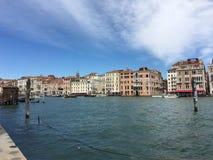 Kanał Grande w Wenecja, Włochy z sztukateryjną architekturą Obraz Stock