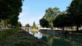 Kanał w Reims, w Francja zdjęcie wideo
