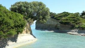 Kanałowego damour rockowa formacja w Sidari, północna strona Corfu wyspa Grecja zdjęcie wideo