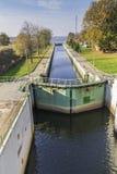 Kanałowy kędziorka, zastawki, kędziorka Statku na rzeka/ Fotografia Royalty Free