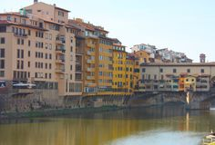 Kanały miasto Florence na Arno zdjęcia stock