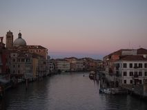 Kanał Grande w Venice w wieczór zmierzchu z zmierzchu niebem Obrazy Stock