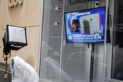 Kanaal 7 Nieuws dat Zandige Orkaan melden Stock Fotografie