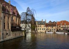 Kanaal in Brugge royalty-vrije stock afbeeldingen