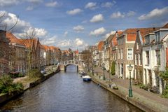 Kanaal in Leiden, Holland Stock Foto