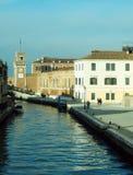 Kanaal met arsenale in Venetië stock afbeelding