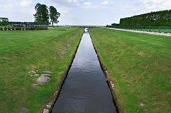 Kanaal in Peterhof-Paleis Royalty-vrije Stock Foto's