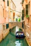 Kanaal in Venetië, Italië Stock Foto