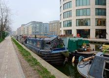 kanaal Woonboten en bureaus Londen royalty-vrije stock foto's
