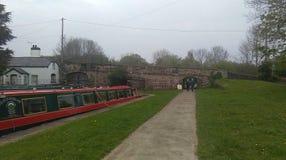 Kanaalschip dichtbij pontcysyllte aquaduct Stock Foto