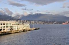 Kanada förlägger att ne ut till bevattna Arkivfoto