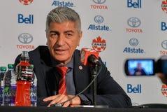 Kanada fotbollMen's medborgare Team Head Coach Octavio Zambrano Arkivfoto