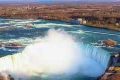 Kanadensare Niagara Falls f?r flyg- sikt arkivbild