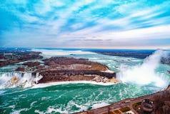 Kanadensare Niagara Falls f?r flyg- sikt royaltyfri foto